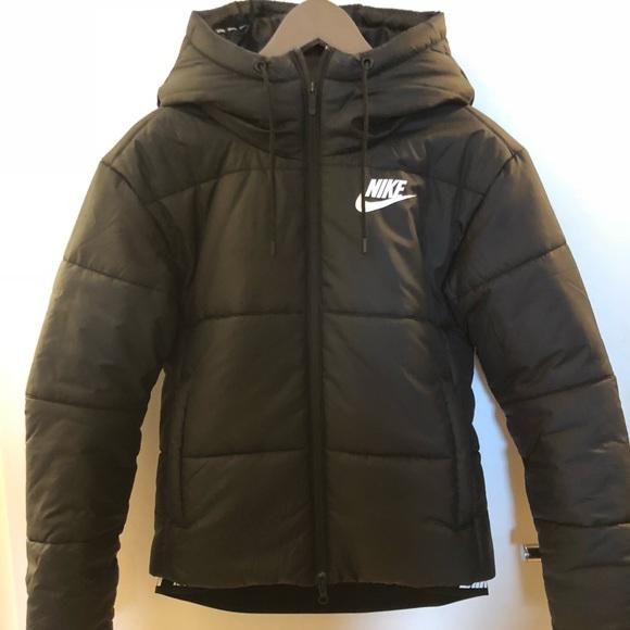 b31103baa26b Nike sportswear Puffer Jacket. M 5ad4e4ea72ea88c279180805